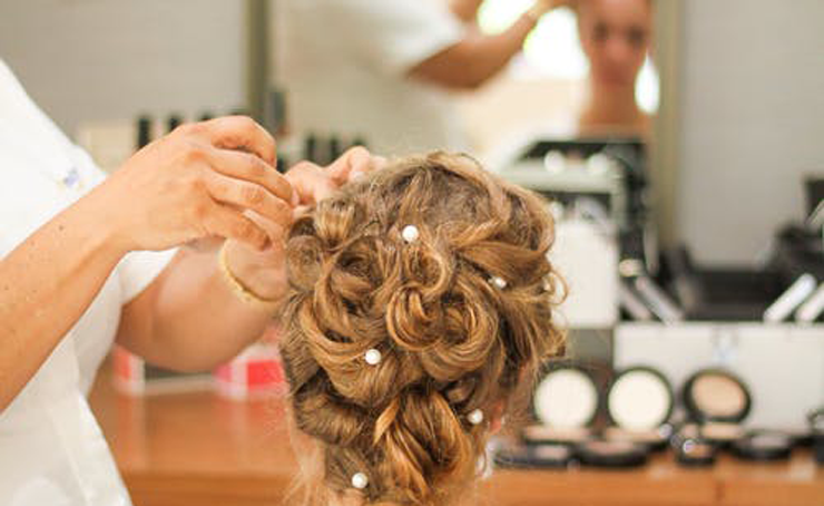 HAIRSTYLING TRAINING